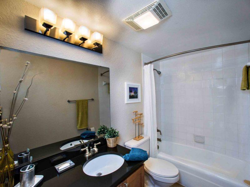 TGM Oceana Apartments Bathroom