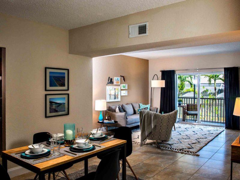 TGM Oceana Apartments Dining Room