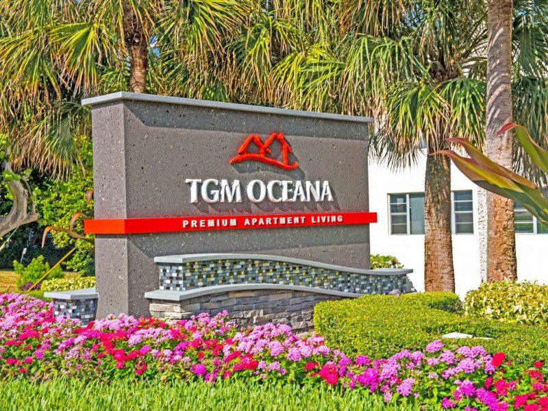 TGM Oceana Apartments Monument 2