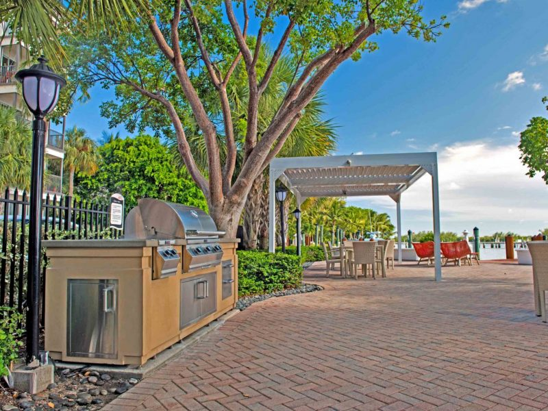 TGM Oceana Apartments Outdoor Kitchen