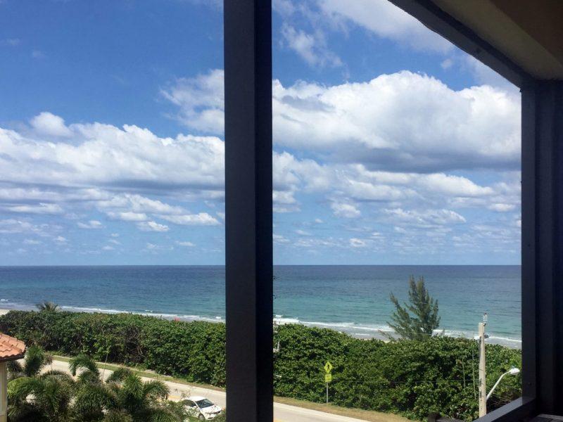 TGM Oceana Apartments Private Beach 2